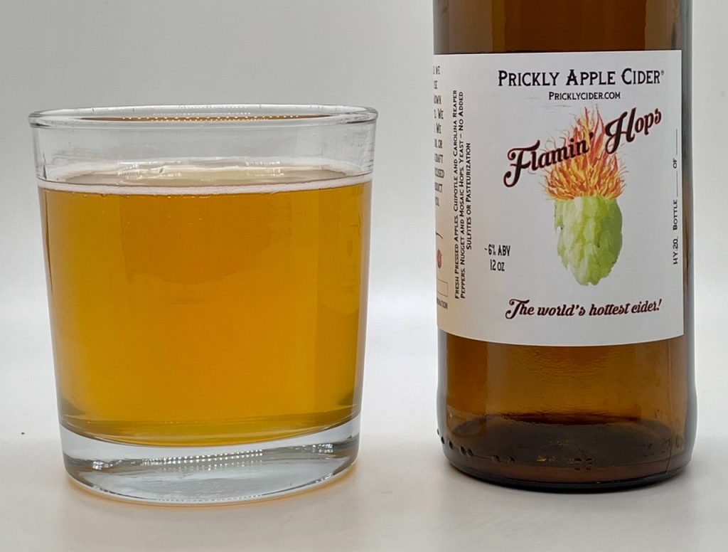 Flamin' Hops Cider: Bottle and glass.