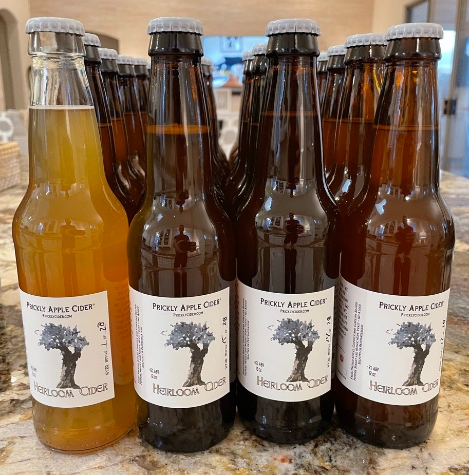 Heirloom Cider: 6 American Heirloom Apples including Roxbury Russet, Pumpkin, Sweet, Smokehouse, and Northern Spy.
